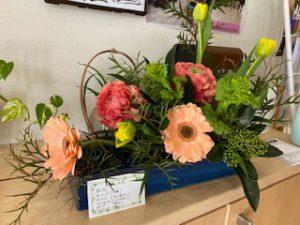 【1月】玄関横のお花
